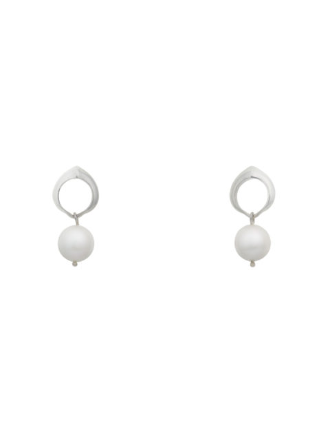 cocochnik earrings white